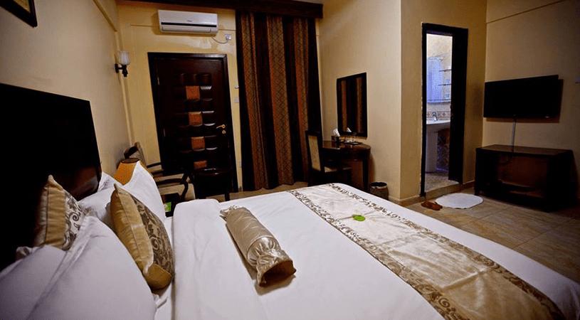 jazeera-palace-hotel–presidential-suite-min