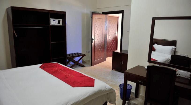 jazeera-palace-hotel-standard-room2-min